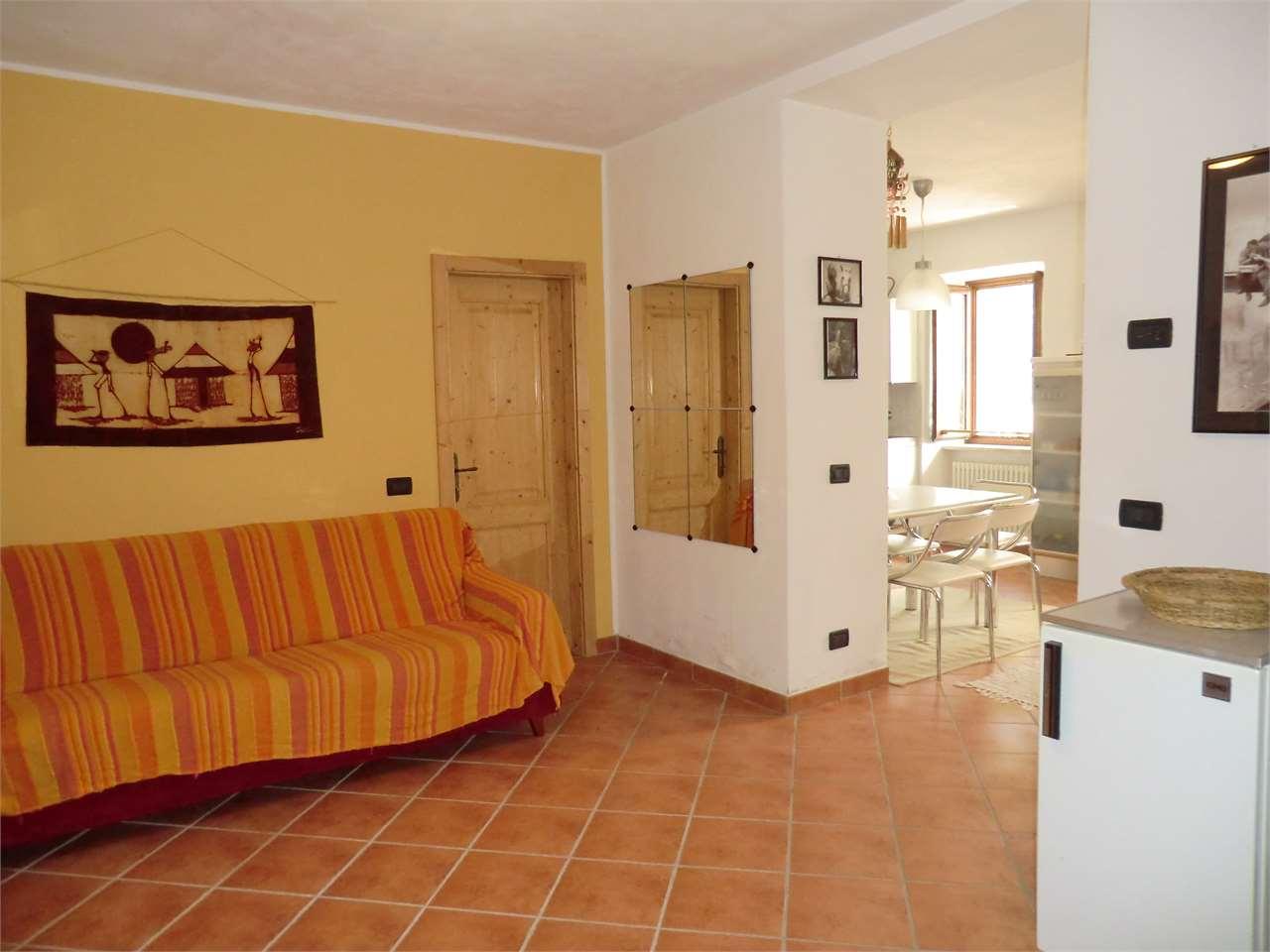Foto appartamento in vendita a Terragnolo (Trento)