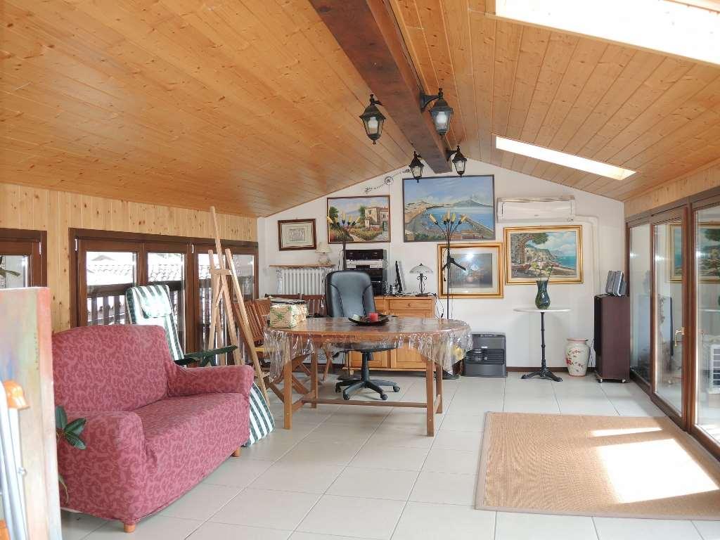 Appartamento in vendita a Nomi, 6 locali, prezzo € 284.000   CambioCasa.it