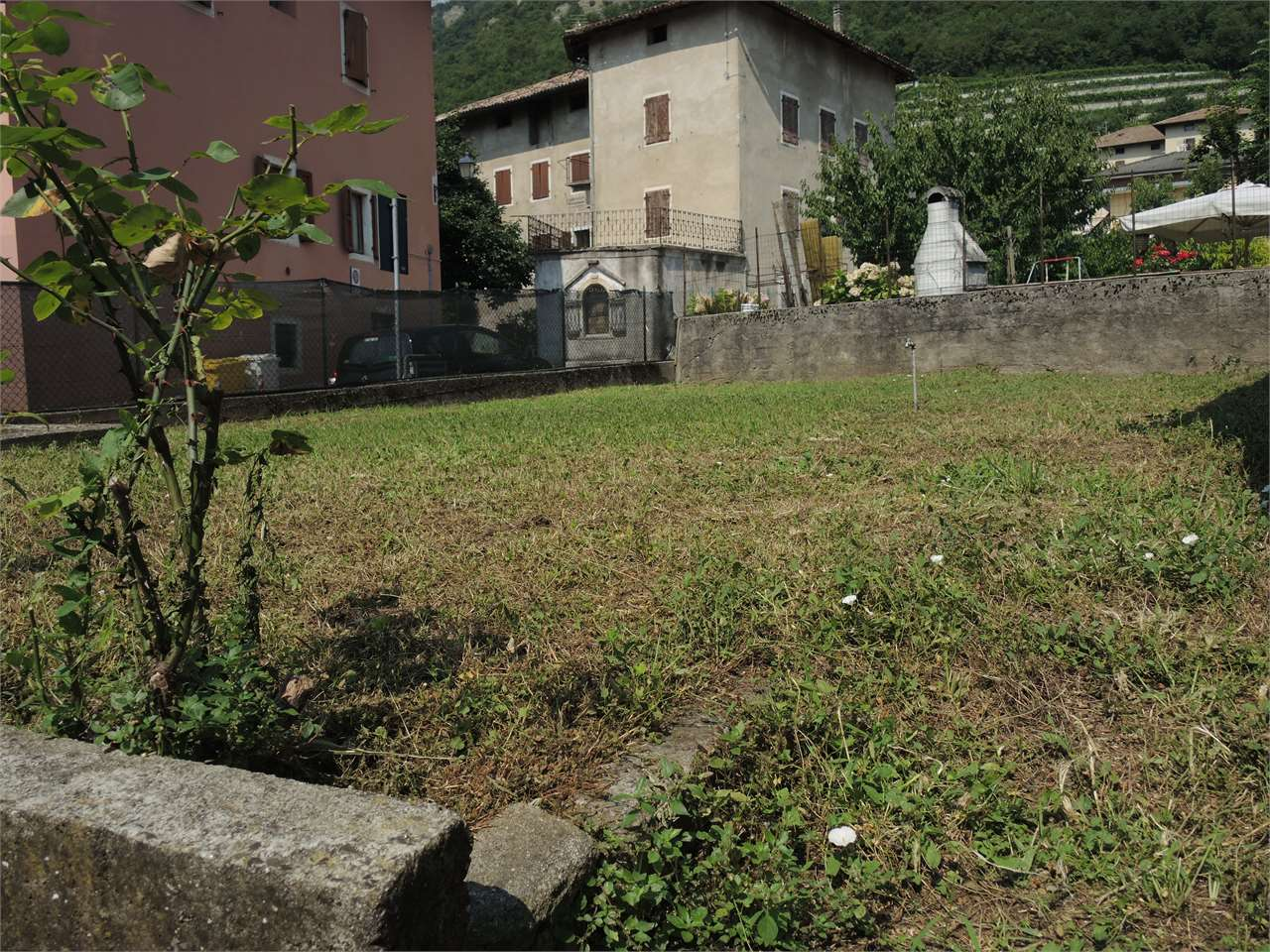 Foto casa indipendente in vendita a Villa Lagarina (Trento)