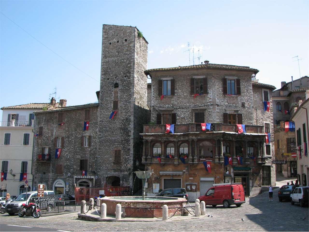 Appartamento in vendita a Narni, 5 locali, prezzo € 179.000 | CambioCasa.it