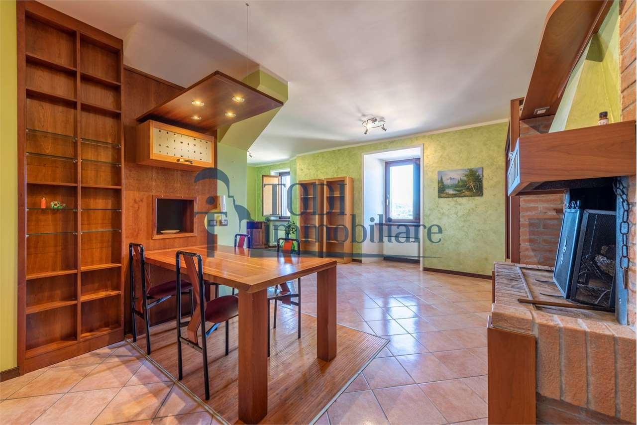 Appartamento in vendita a Marsciano, 2 locali, zona Zona: Castiglione della Valle, prezzo € 69.000   CambioCasa.it