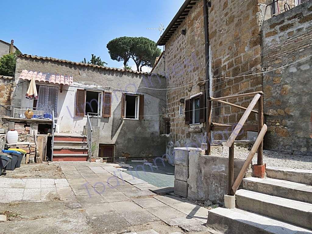 Appartamento in vendita a Orvieto, 3 locali, prezzo € 135.000 | CambioCasa.it