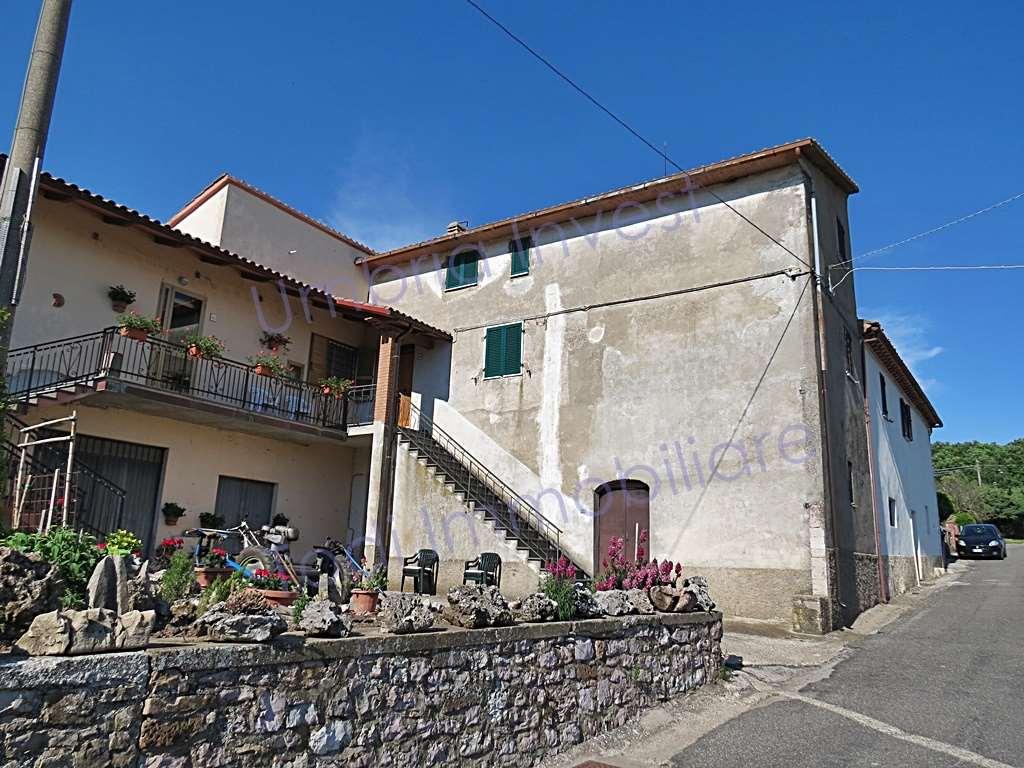 Appartamento in vendita a Baschi, 6 locali, zona Zona: Vagli, prezzo € 50.000 | CambioCasa.it