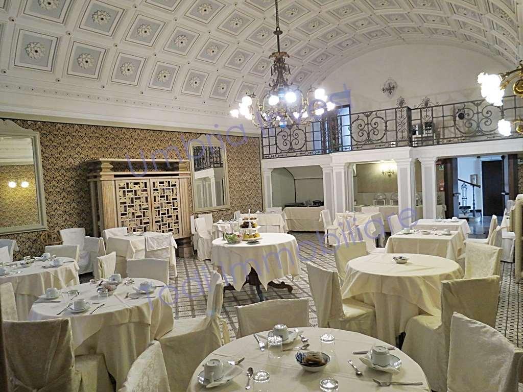 Albergo in vendita a Orvieto, 46 locali, prezzo € 2.500.000 | CambioCasa.it