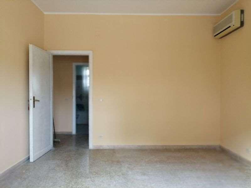 Appartamento in vendita a Siracusa, 4 locali, prezzo € 57.000 | CambioCasa.it
