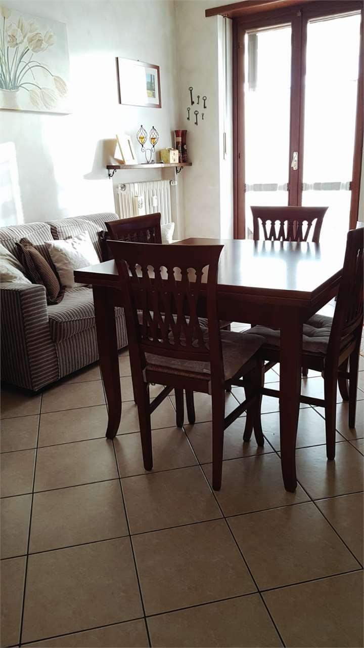 Appartamento in vendita a Riva Presso Chieri, 3 locali, prezzo € 89.000 | CambioCasa.it
