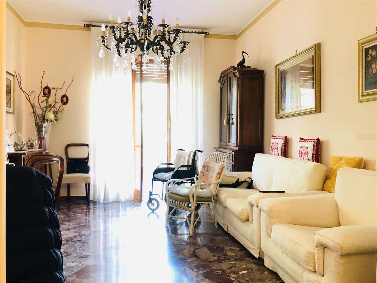 Vendita Quadrilocale Appartamento Chieri Via Moncalvo 4 261988