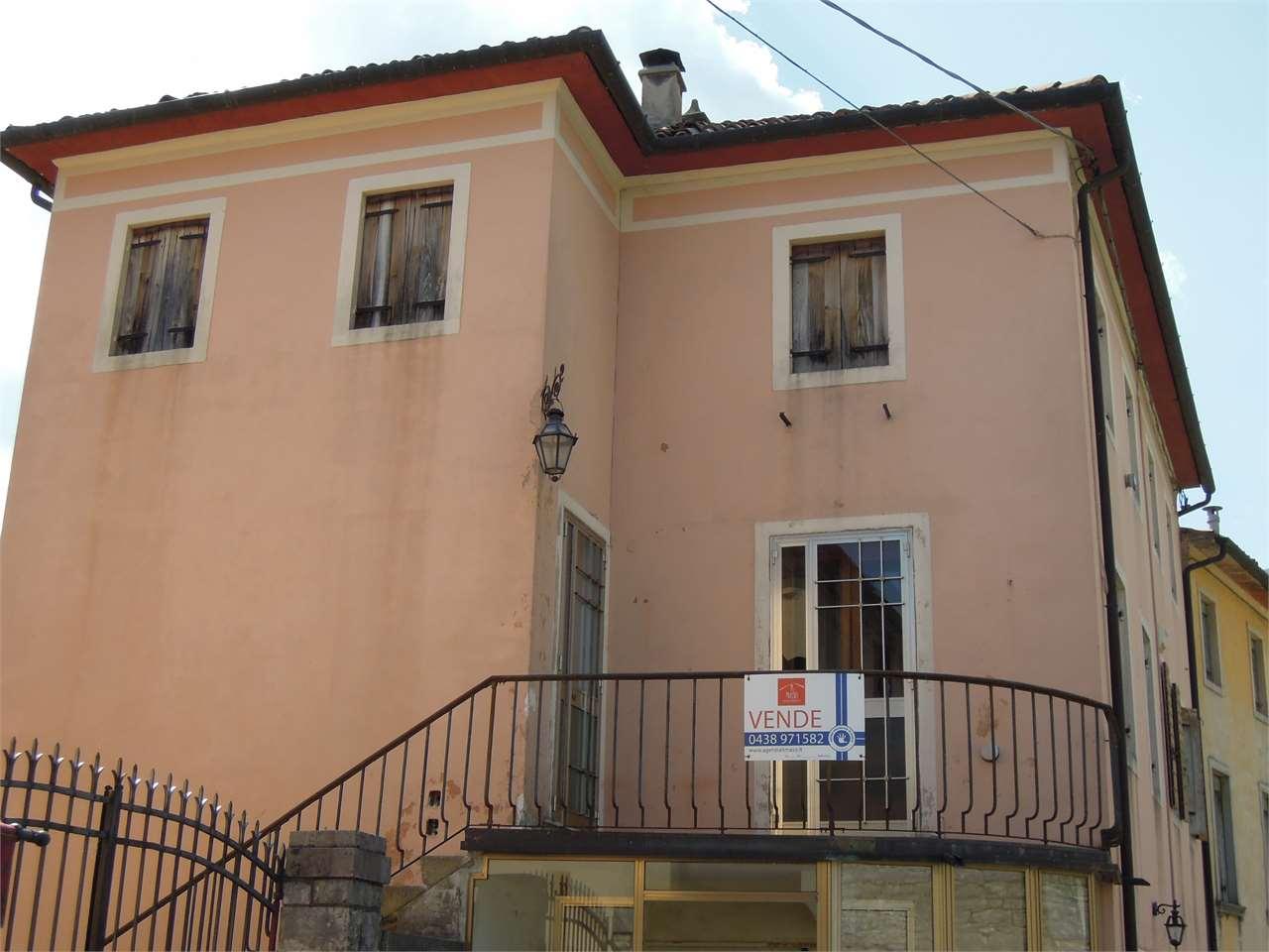 Appartamento in vendita a Cison di Valmarino, 7 locali, prezzo € 67.000 | CambioCasa.it