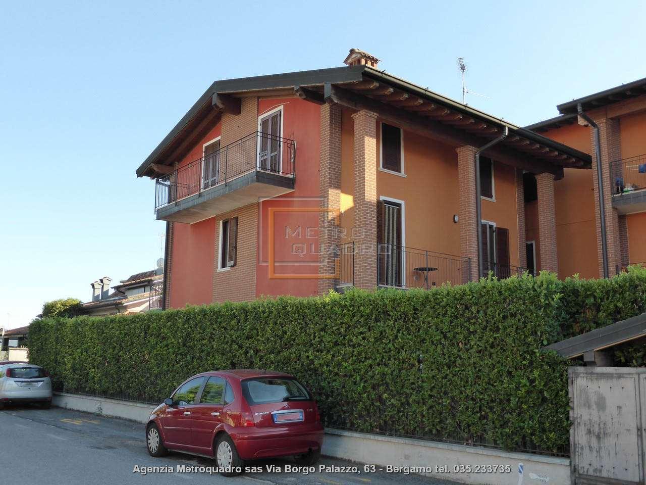 Appartamento in vendita a Castelcovati, 2 locali, prezzo € 90.000   CambioCasa.it