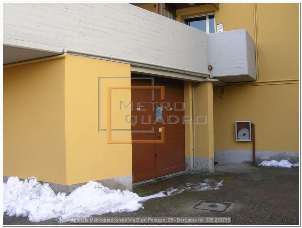 Garage in vendita - 160 mq