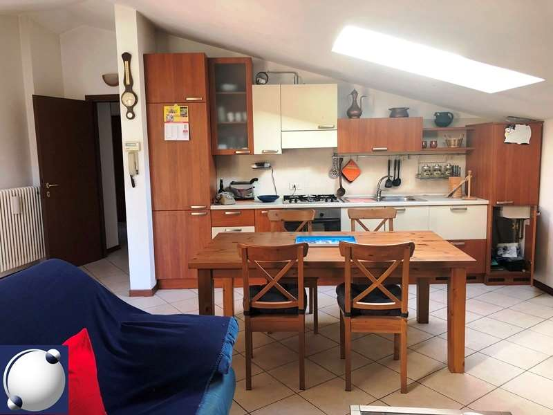 Appartamento in vendita a Castelmarte, 2 locali, zona ina Ravella, prezzo € 73.000   PortaleAgenzieImmobiliari.it