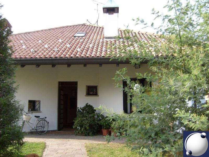 Villa in vendita a Proserpio, 6 locali, Trattative riservate   PortaleAgenzieImmobiliari.it