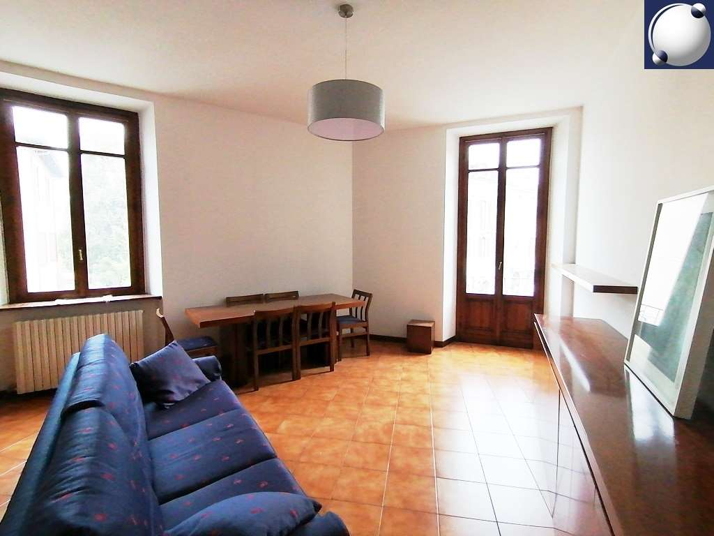 Appartamento in affitto a Erba, 3 locali, prezzo € 7.800 | PortaleAgenzieImmobiliari.it