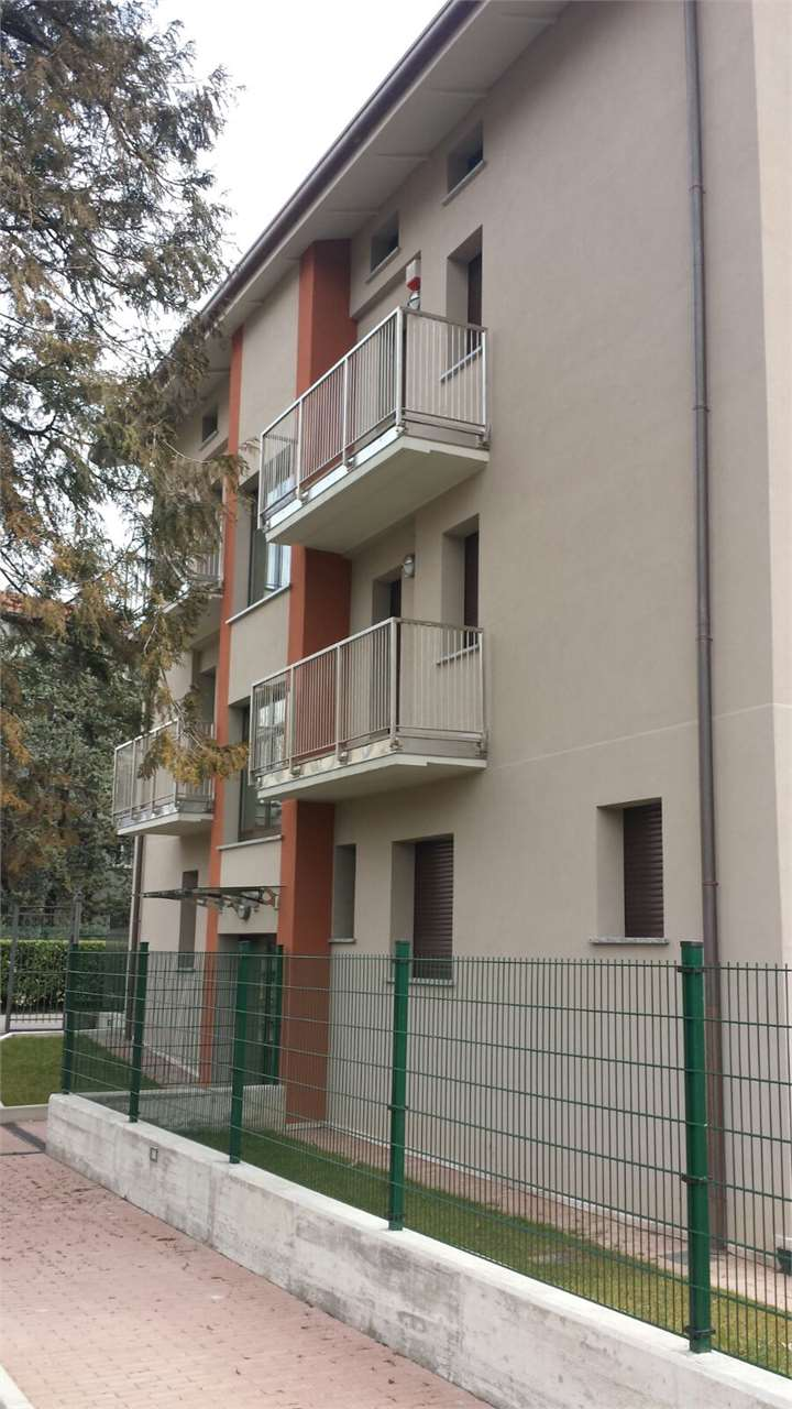 Appartamento Erba V000012