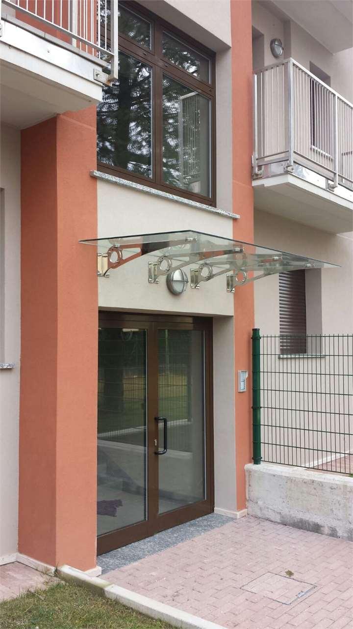 Appartamento Erba V000015
