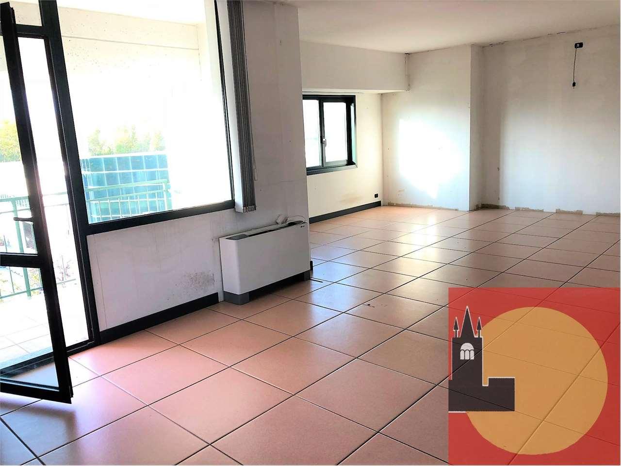 Ufficio / Studio in affitto a Avigliana, 1 locali, prezzo € 550 | PortaleAgenzieImmobiliari.it