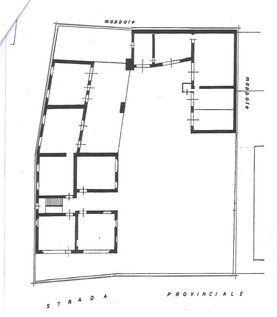 Palazzo / Stabile in vendita a Camparada, 10 locali, prezzo € 1 | CambioCasa.it