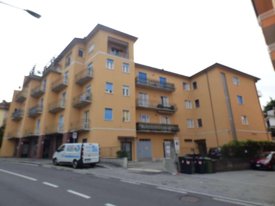 Vendita Bilocale Appartamento Luino 240319