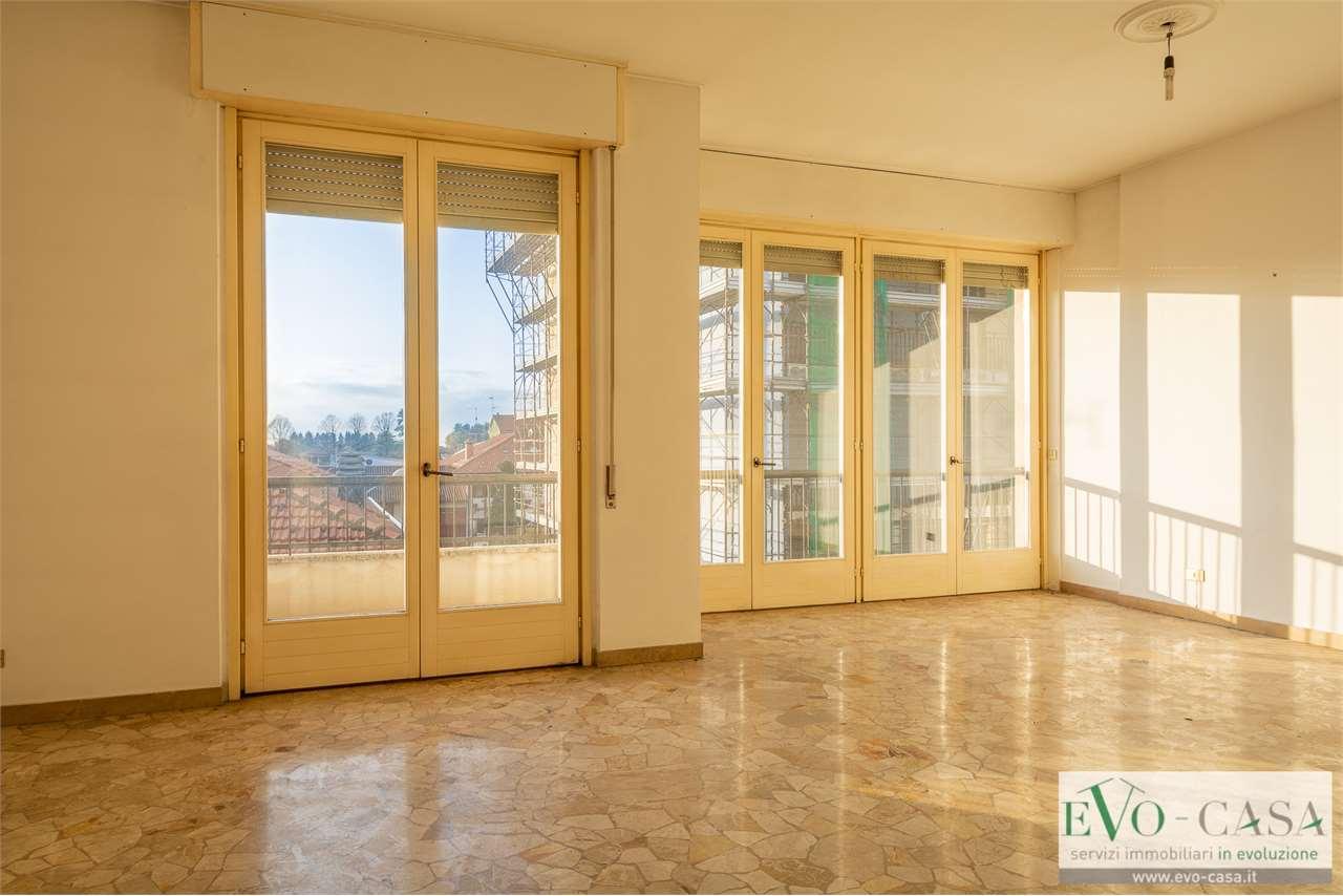 Vendita Quadrilocale Appartamento Magnago Via San Martino 20 175994