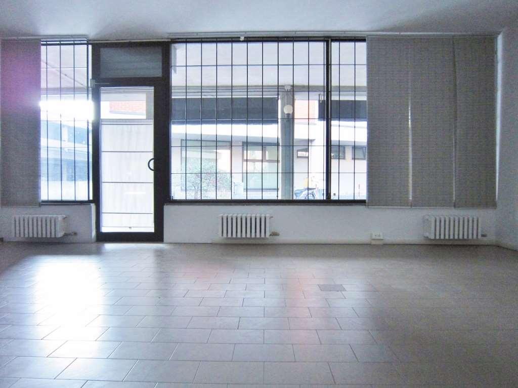 Negozio / Locale in vendita a Siziano, 1 locali, Trattative riservate | CambioCasa.it