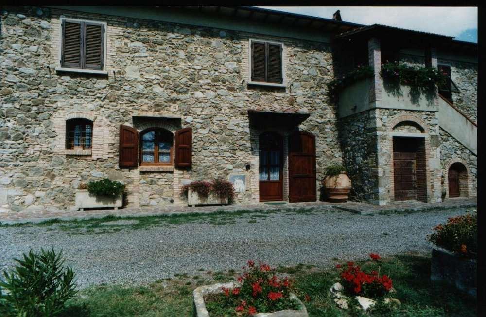 Colonica a Montecatini Val di Cecina (3/5)