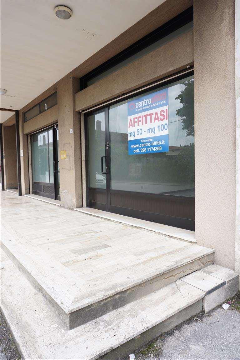 Negozio / Locale in affitto a Eraclea, 1 locali, prezzo € 450 | CambioCasa.it