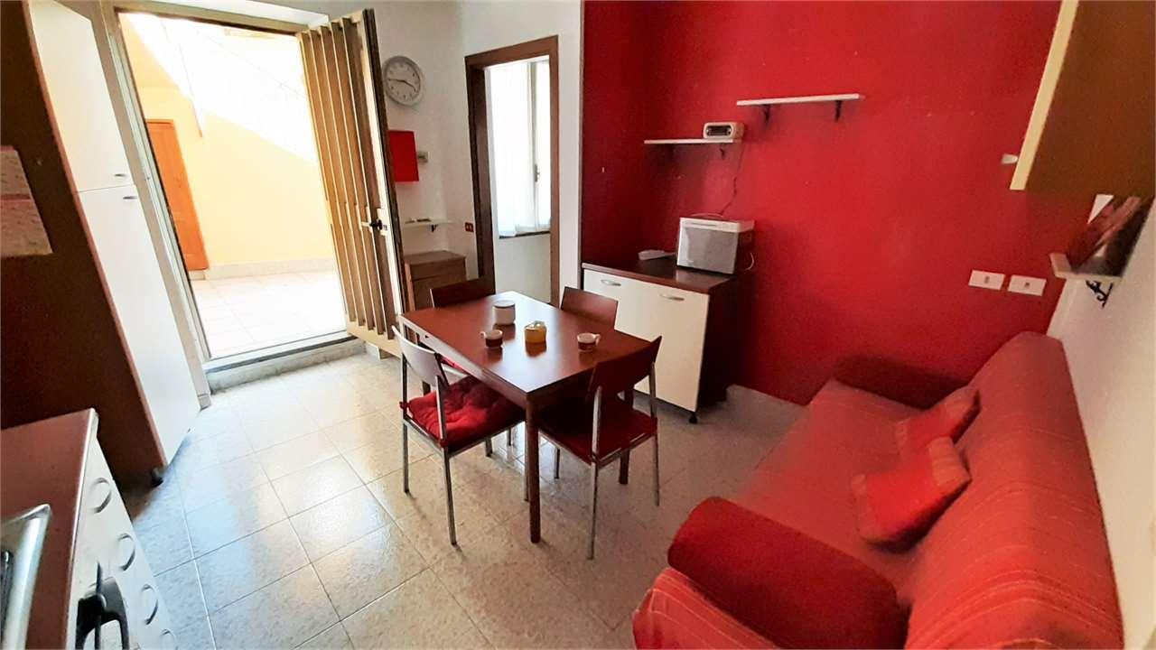 Vendita Bilocale Appartamento Cislago via Umberto I° 25 227339