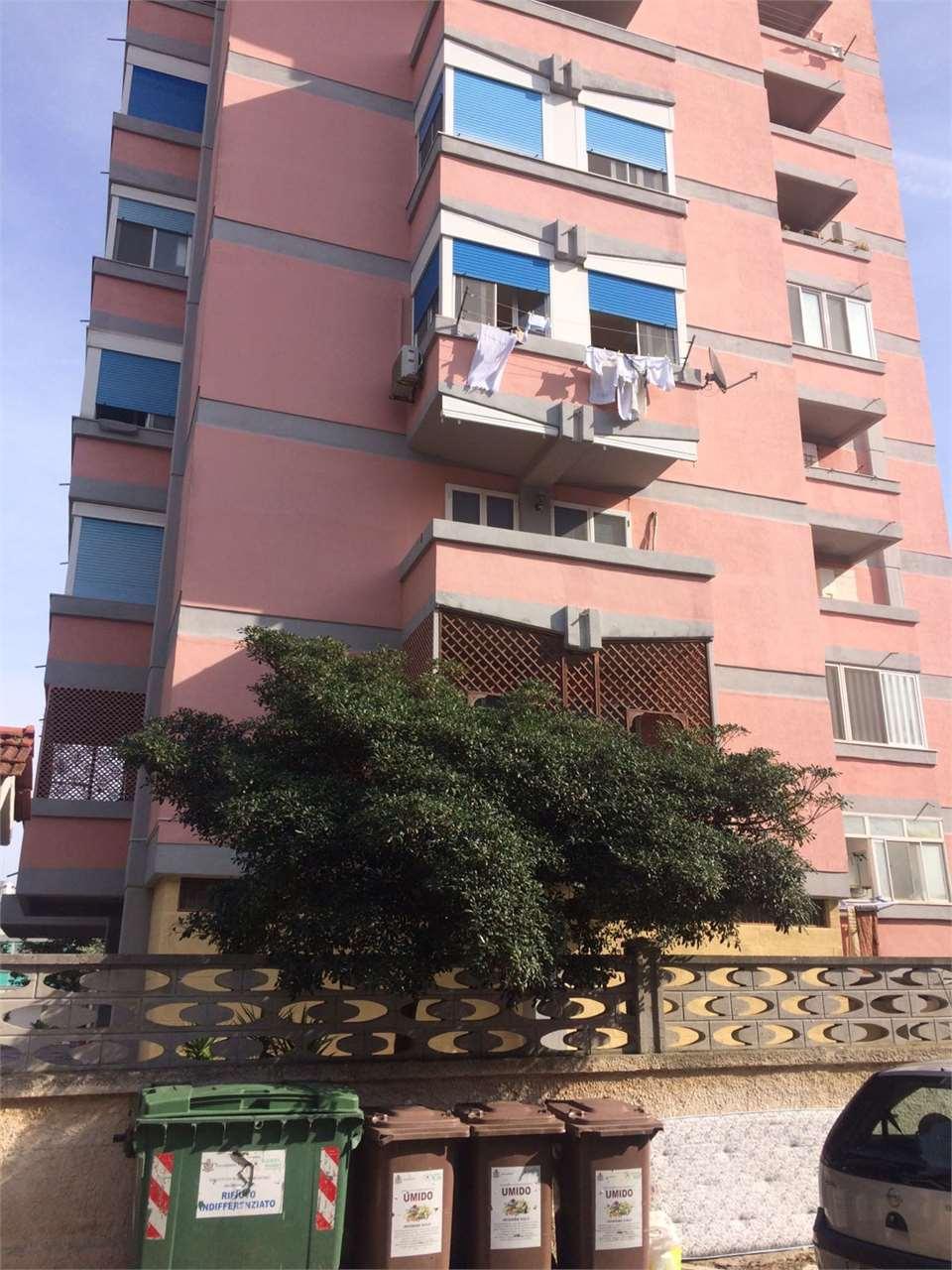 vendita appartamento brindisi villaggio s. paolo Piazza Righi 90000 euro  4 locali  106 mq