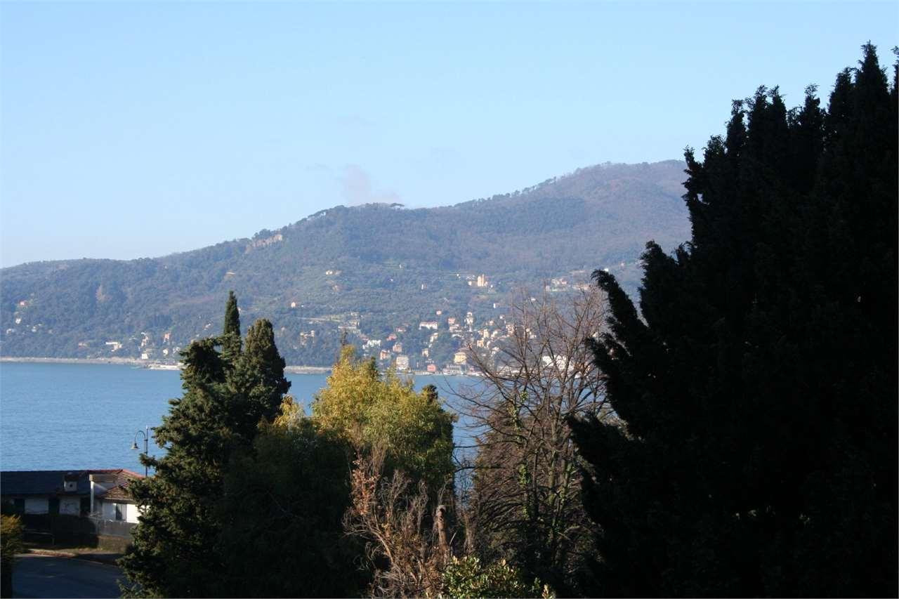 Appartamento in vendita a Zoagli, 4 locali, Trattative riservate | PortaleAgenzieImmobiliari.it