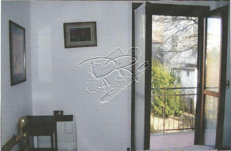 Appartamento in vendita a Carro, 2 locali, prezzo € 90.000 | PortaleAgenzieImmobiliari.it