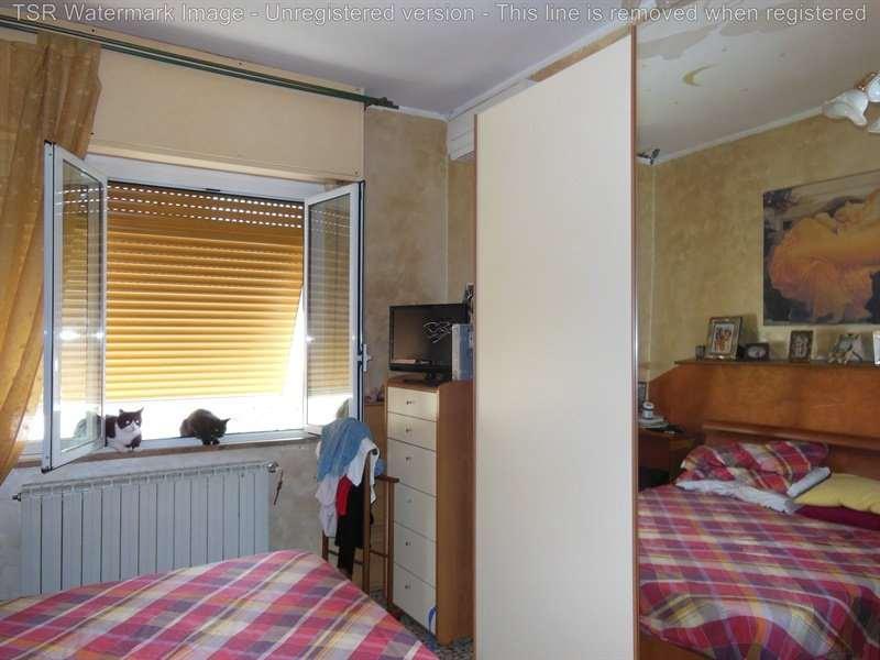 Appartamento in vendita a Spotorno, 4 locali, prezzo € 325.000 | CambioCasa.it