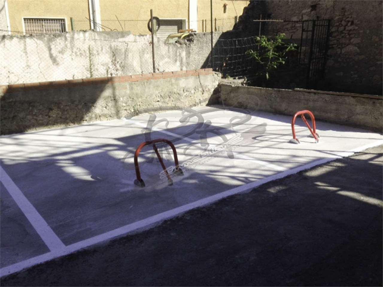 Box / Garage in affitto a Finale Ligure, 9999 locali, zona Zona: Finalborgo, prezzo € 150 | CambioCasa.it