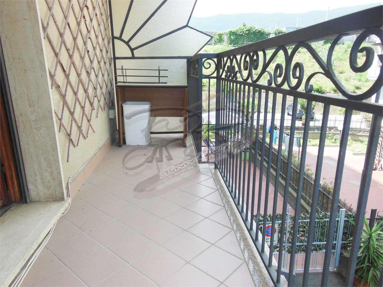 Appartamento in vendita a Spotorno, 4 locali, prezzo € 380.000 | CambioCasa.it