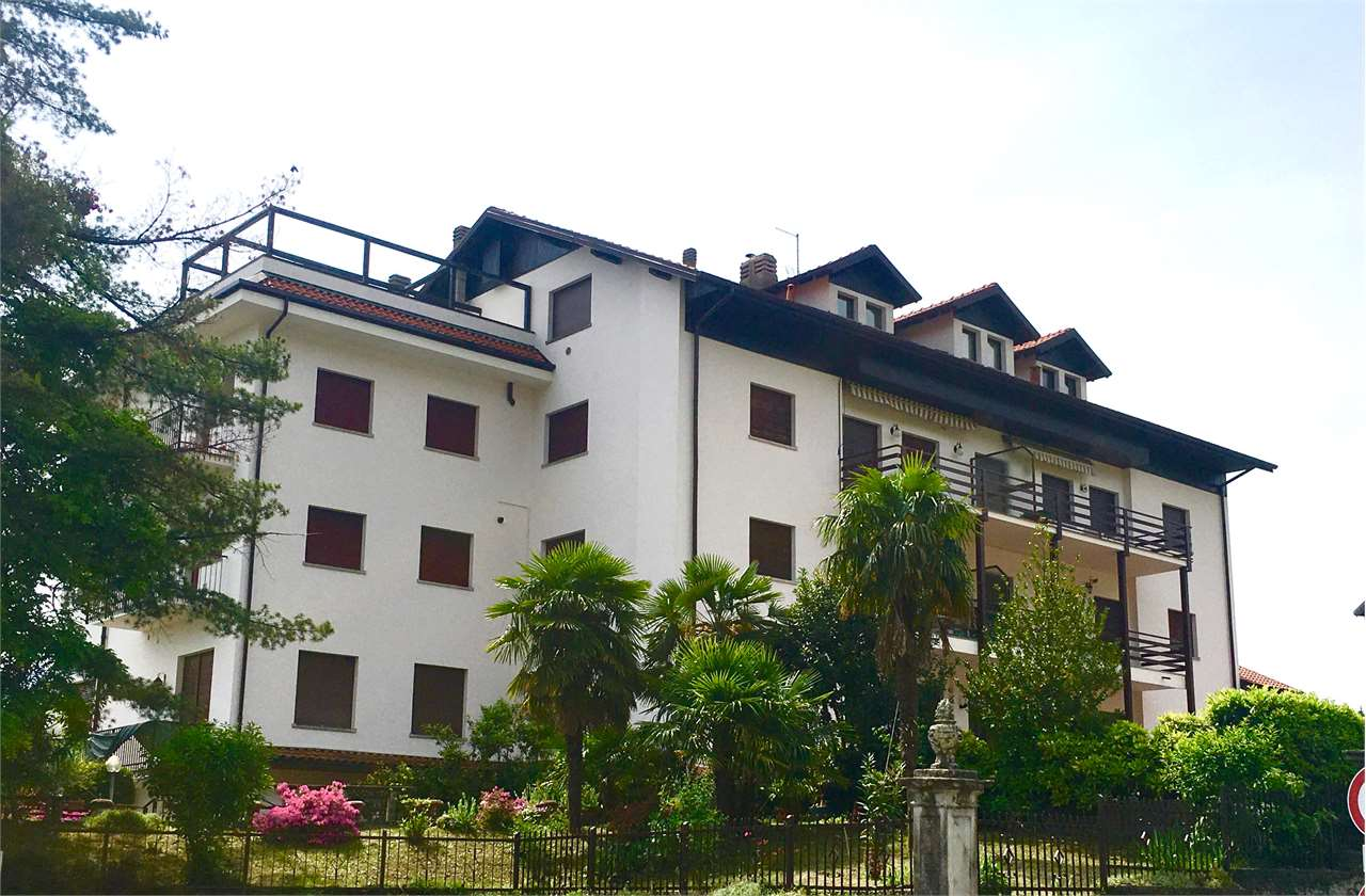 Appartamento in affitto a Duno, 2 locali, prezzo € 400 | CambioCasa.it