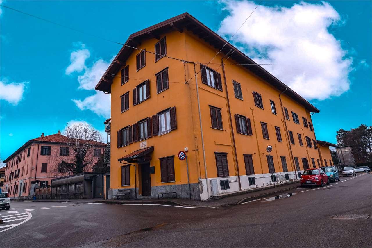 Appartamento in vendita a Somma Lombardo, 3 locali, prezzo € 69.000   CambioCasa.it