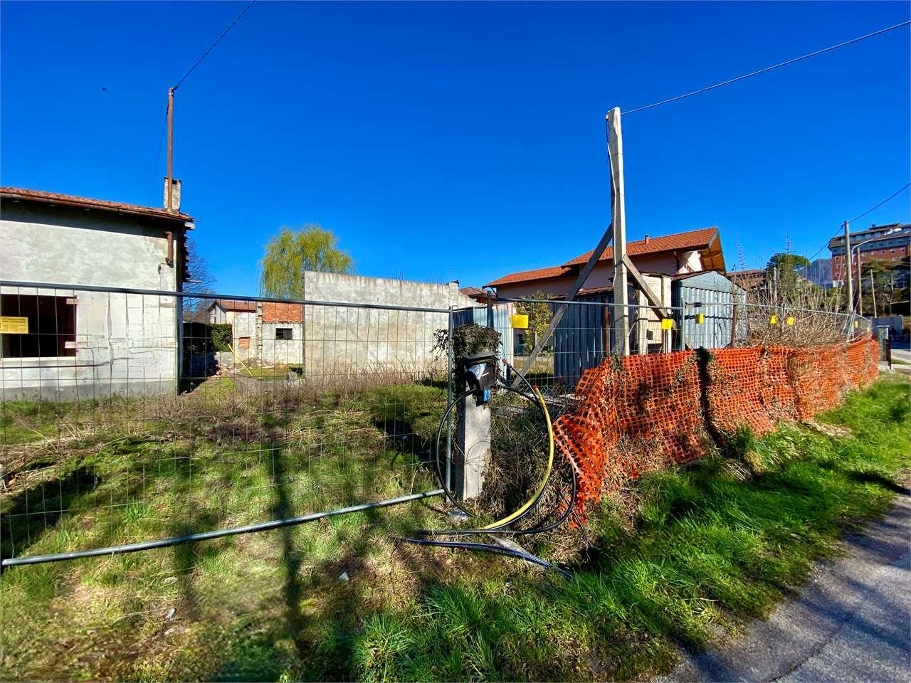Rustico / Casale in vendita a Leggiuno, 6 locali, prezzo € 85.000 | PortaleAgenzieImmobiliari.it