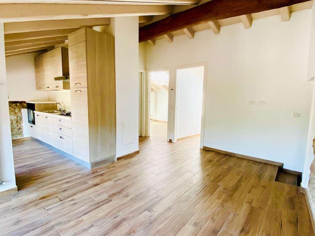 Appartamento in affitto a Cunardo, 3 locali, zona io, prezzo € 600 | PortaleAgenzieImmobiliari.it