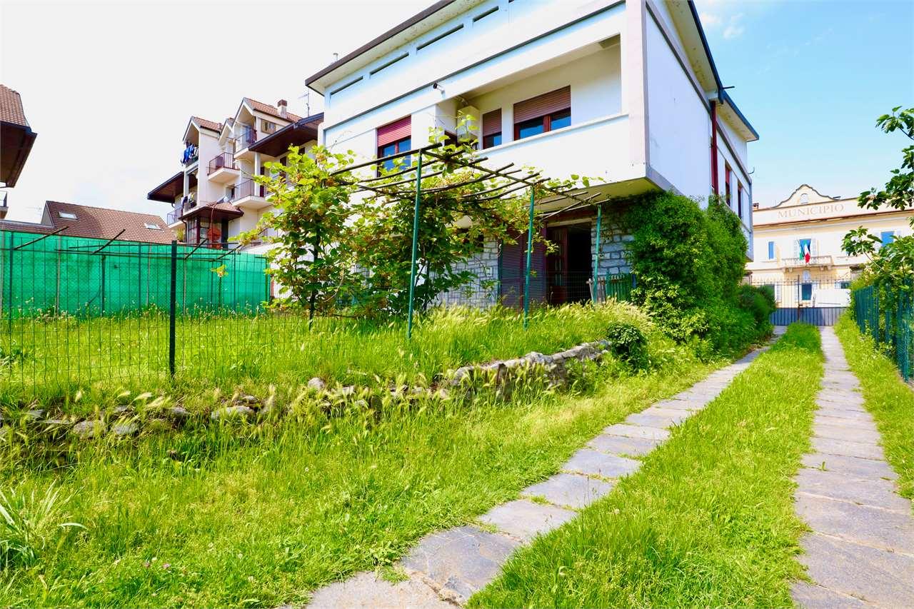 Soluzione Indipendente in affitto a Taino, 5 locali, prezzo € 700 | PortaleAgenzieImmobiliari.it