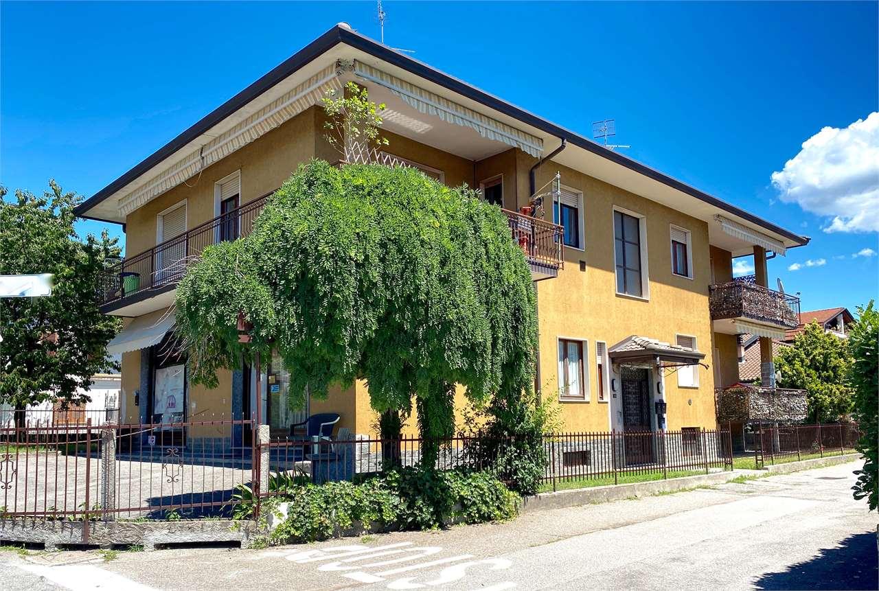 Appartamento in vendita a Cuveglio, 3 locali, zona Zona: Vergobbio, prezzo € 89.000 | CambioCasa.it