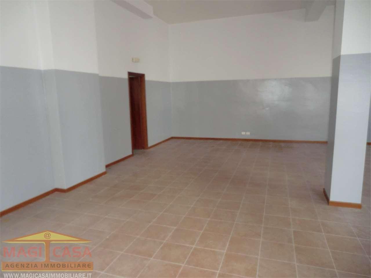 Negozio Camporotondo Etneo 292