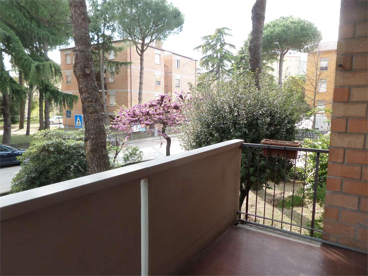 Appartamento in affitto a Ravenna, 5 locali, prezzo € 650   CambioCasa.it