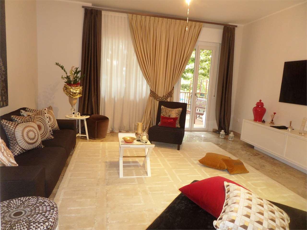 Appartamento in vendita a Ravenna, 5 locali, zona Zona: Gallery, prezzo € 335.000 | CambioCasa.it