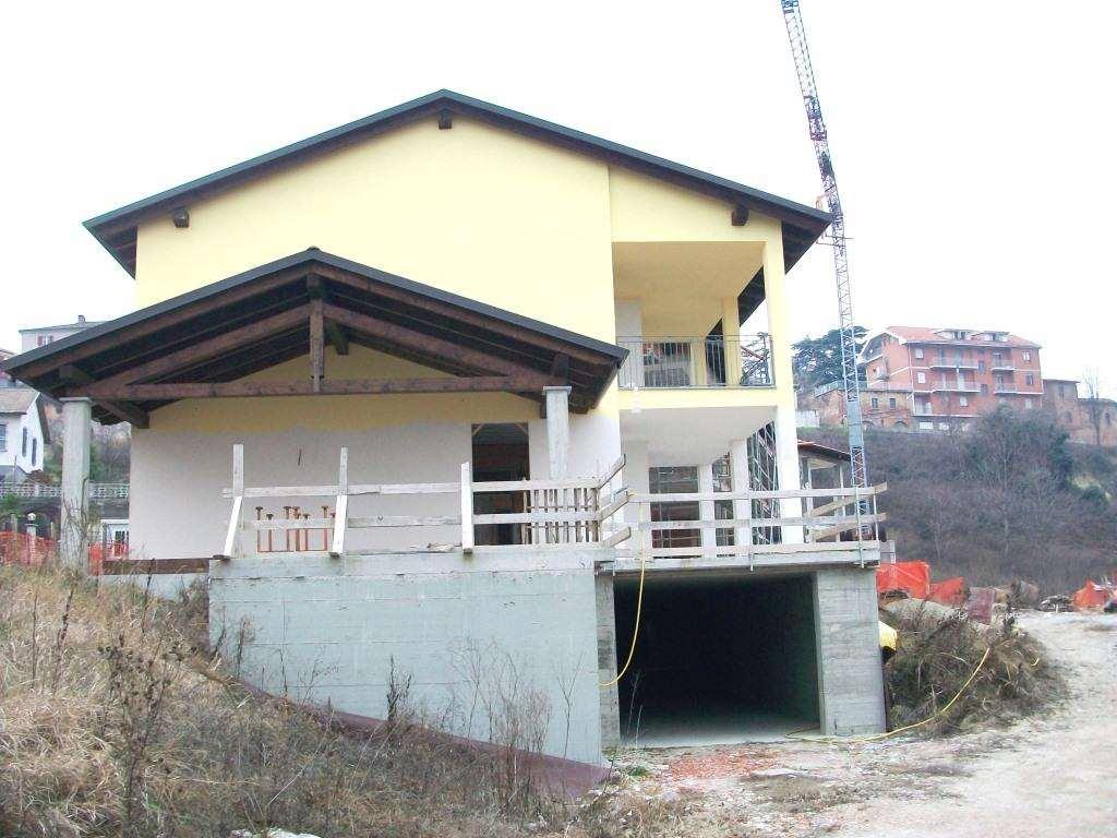 Vendita Quadrilocale Appartamento Agliano Terme 104411