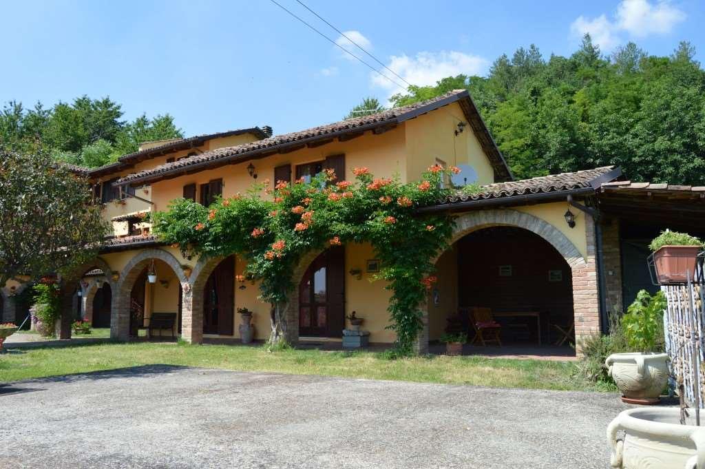 Vendita Villa unifamiliare Casa/Villa Agliano Terme 71029