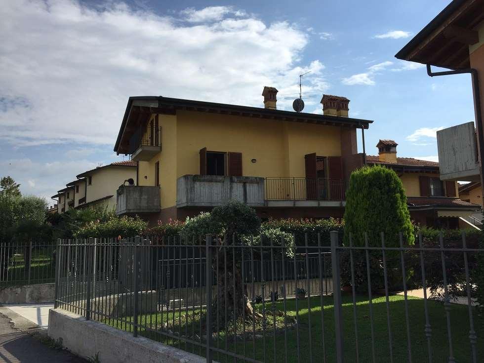 Appartamento in vendita a Urgnano, 3 locali, prezzo € 179.000 | CambioCasa.it