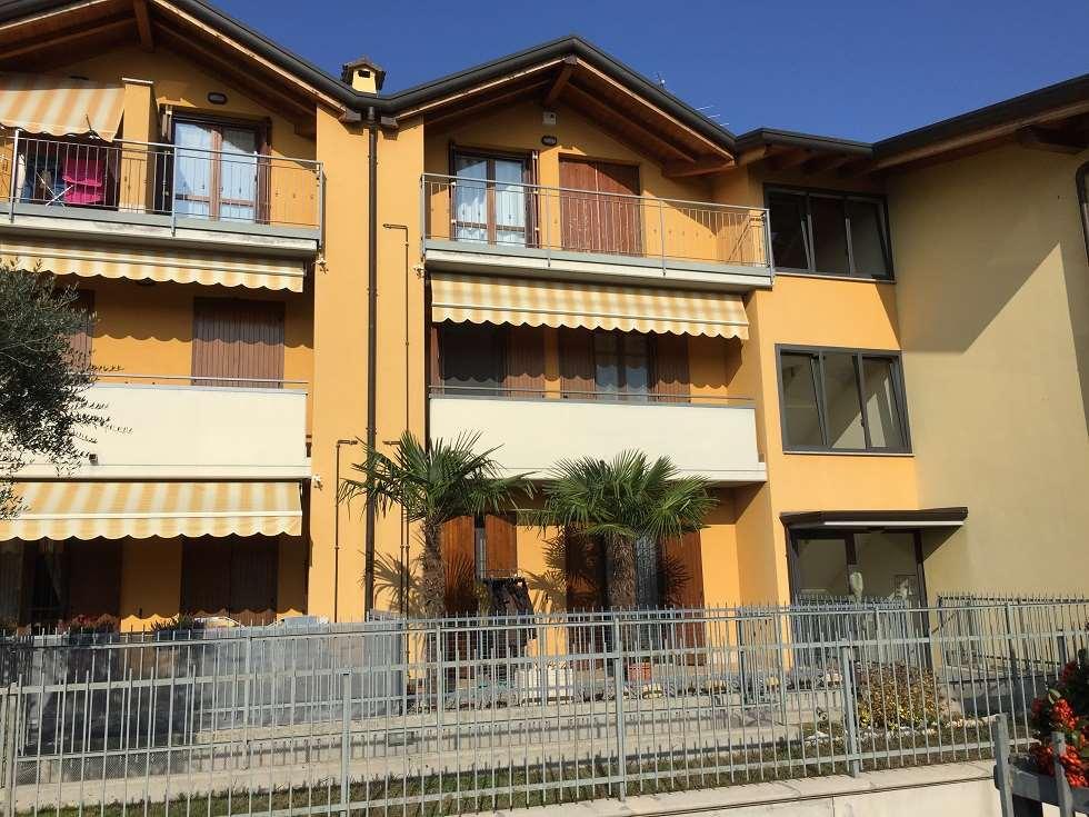 Appartamento in vendita a Urgnano, 3 locali, prezzo € 139.000 | CambioCasa.it