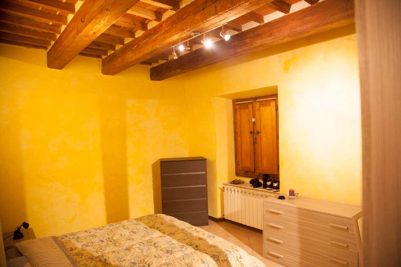 Appartamento in vendita a Uzzano, 3 locali, zona Zona: Torricchio, prezzo € 80.000   CambioCasa.it