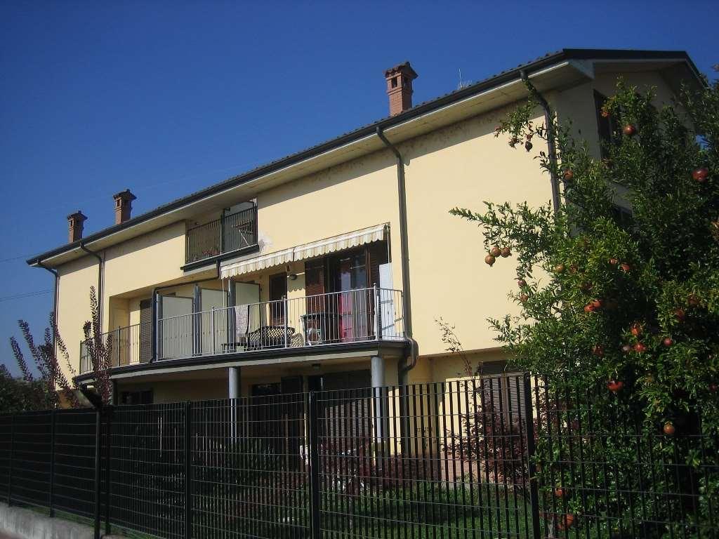 Appartamento in vendita a Albuzzano, 3 locali, prezzo € 119.000 | CambioCasa.it
