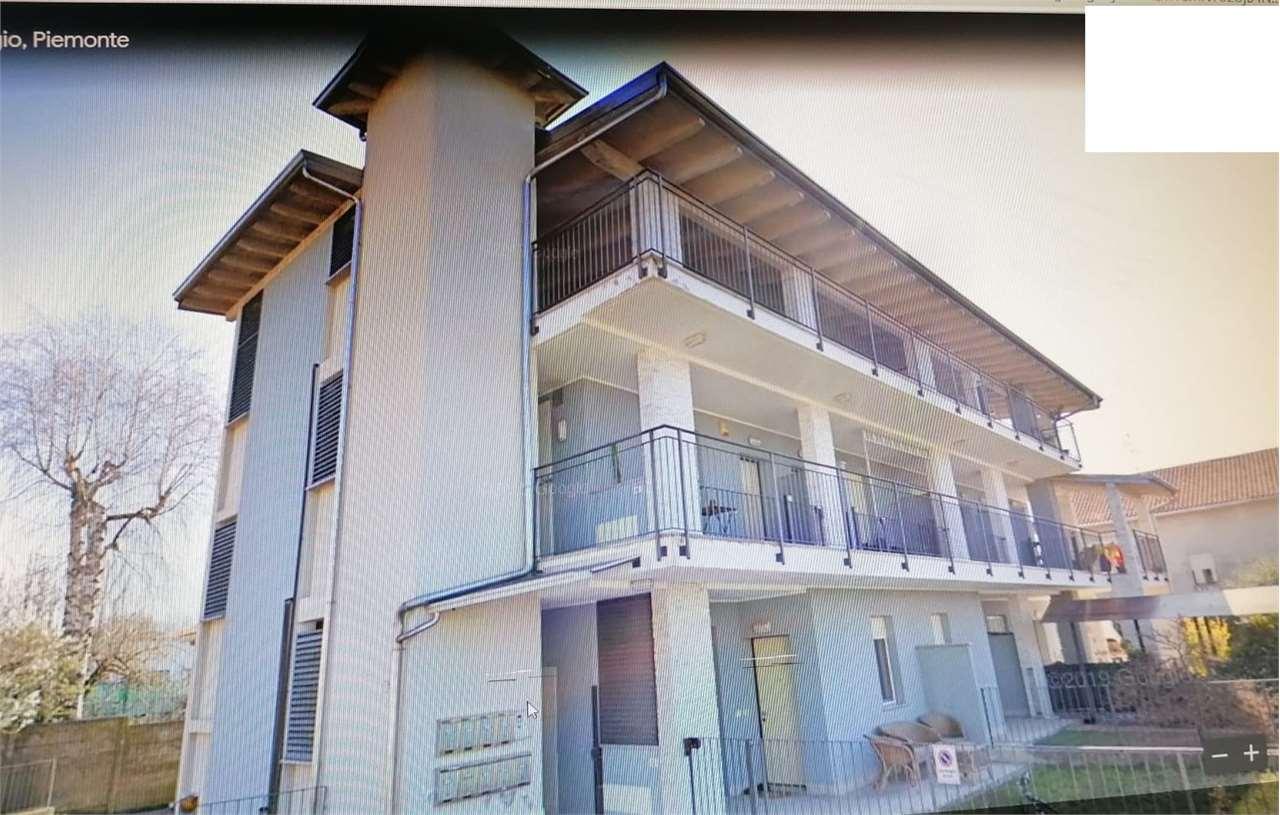 Appartamento in vendita a Oleggio, 3 locali, prezzo € 178.000 | CambioCasa.it
