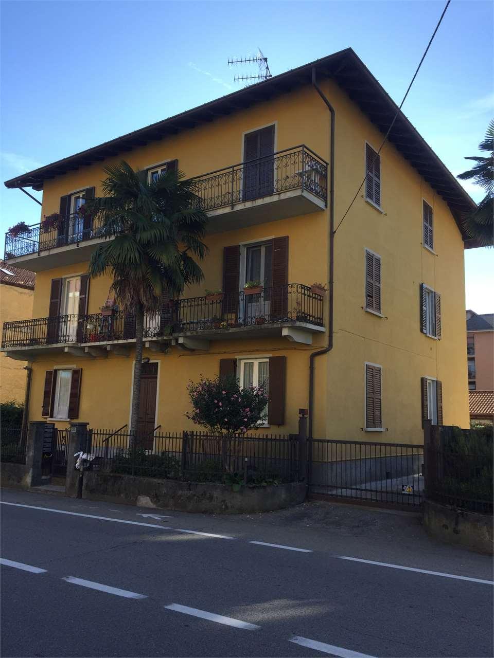 Appartamento in vendita a Arona, 3 locali, prezzo € 155.000   CambioCasa.it